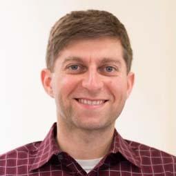 Dr. Simon Faynboym